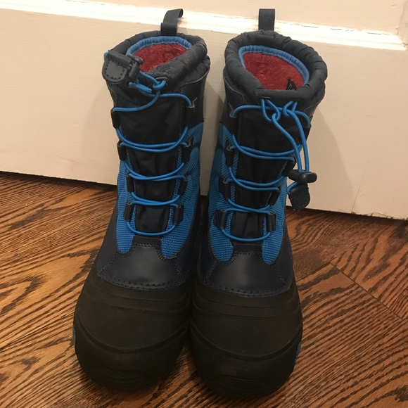 b71c8758e Youth Size 7 The North Face Kids Alpenglow IV